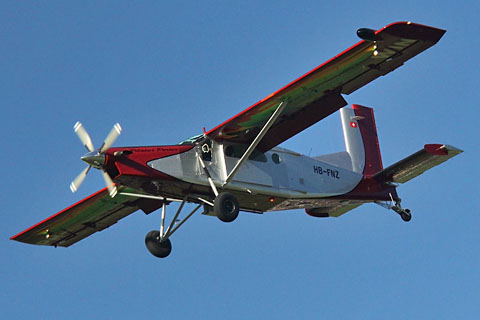 Pilatus Aircraft on Hb Fnzof Pilatus Aircraft Ag At Buochs   Photo By Mario Richard    24